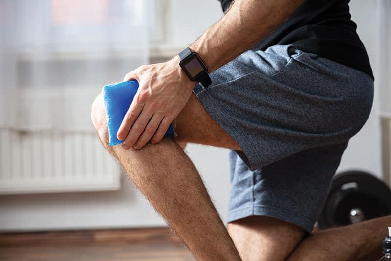 main icing his knee; unusual signs of vascular disease