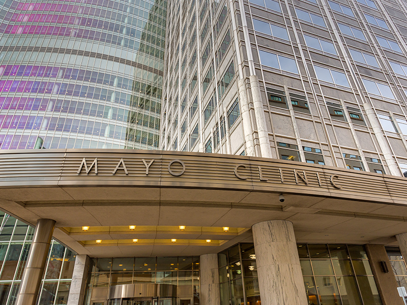 Photograph of the mayo clinic from the outside